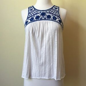 American Eagle White Tank Top w Blue Embroidery